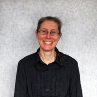 Dr Helen Chandler